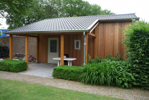Deze voordelen ervaart u als u een tuinhuis met lessenaarsdak laat bouwen