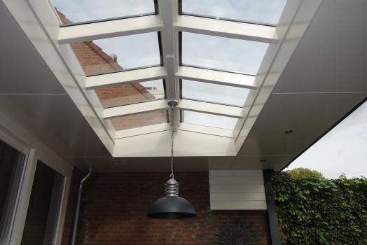 Haal het maximale uit uw veranda met een lichtstraat of lichtkoepel