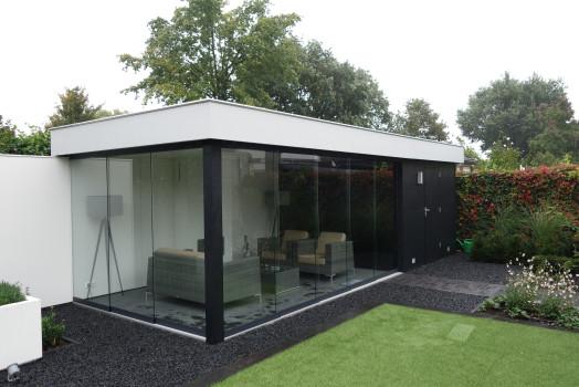 Opties voor uw houten tuinhuis met overkapping