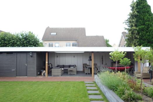 Laat een tuinhuis met plat dak bouwen dat volledig aan uw wensen voldoet