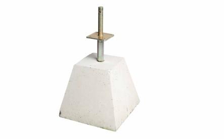 Beton Poer ± 60 kilo met verstelbare paalsteun